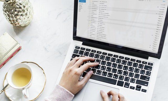 Jak napisać maila po angielsku?