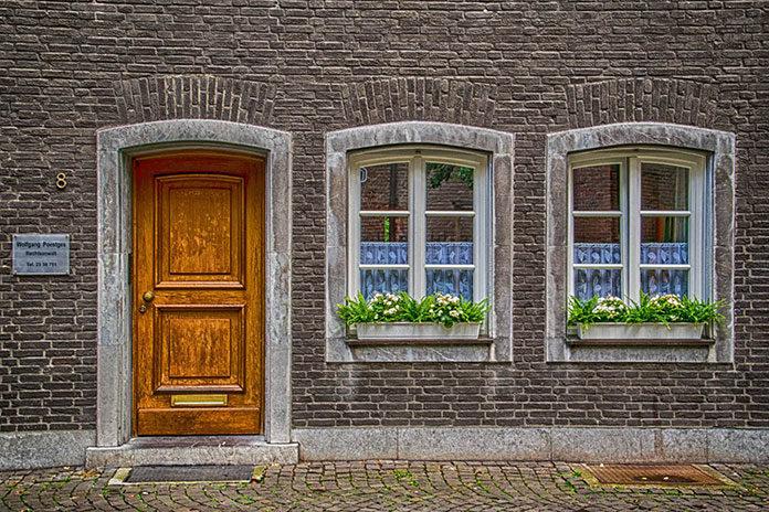 Proste sposób na oryginalne drzwi do domu
